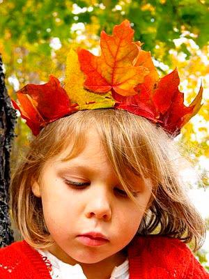 корона из листьев
