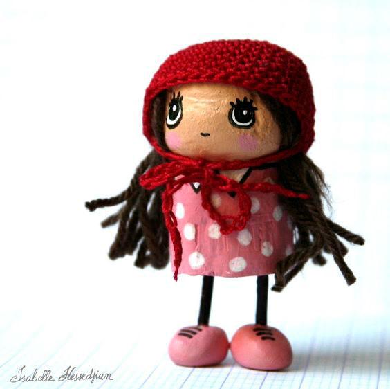 кукла из пробки