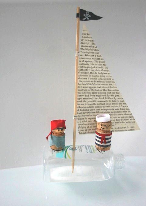 кораблик из бутылки от шампуня