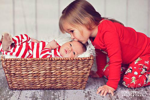 фотосессия для двух детей на Новый год