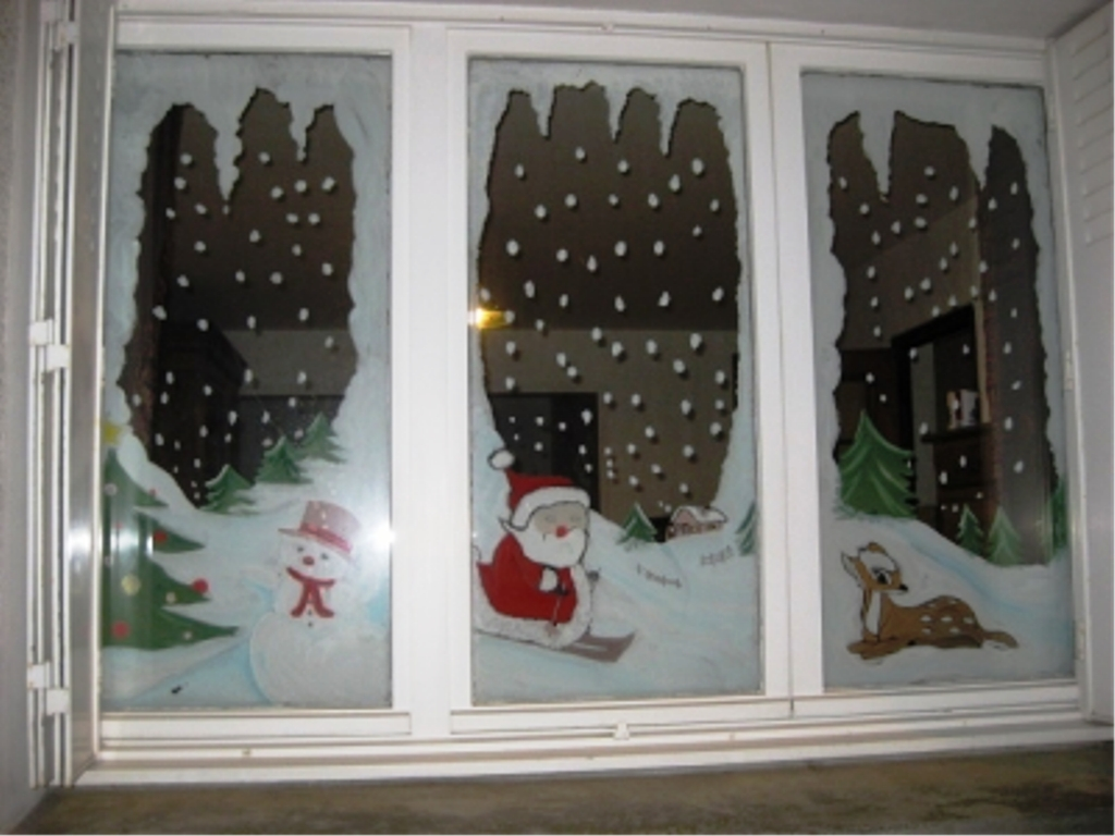 Украсить красиво окно к новому году