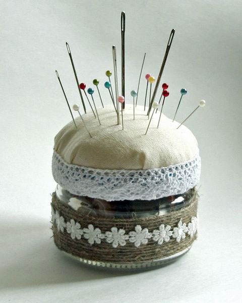 needle bed from baby food jar