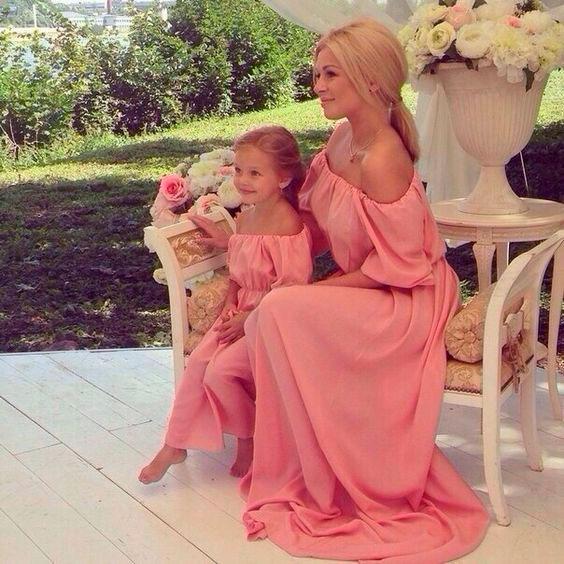 одинаковая одежда для мамы и дочки 10
