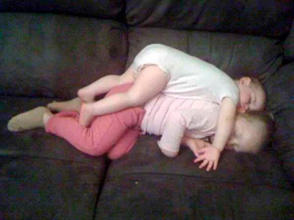 смешно спящие дети 4