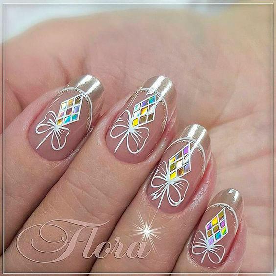 рисунок из битого стекла на ногтях