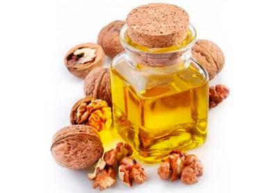 mask for the skin around the eyes of the nut