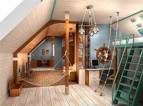 Детская мансардная комната для мальчика в морском стиле