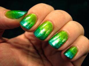 омбре с длестками на ногтях