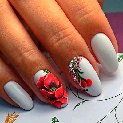 маникюр с цветами 2