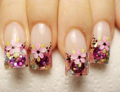 маникюр с цветами 1
