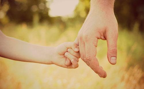 Роль отца в воспитании дочери и сына в семье