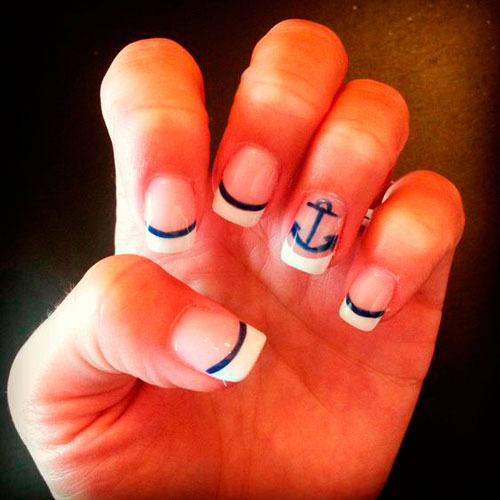 Летний маникюр в морском стиле: идеи на короткие ногти 4