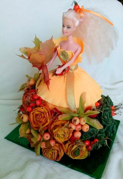платье для куклы барби из осенних листьев