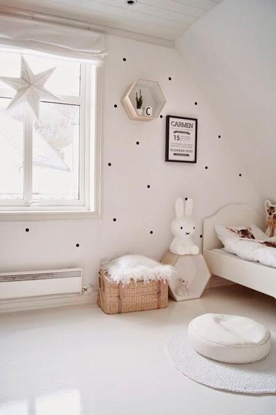 место для хранения игрушек в детской комнате в стиле Прованс