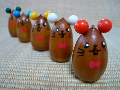 маленькие мышки из желудей