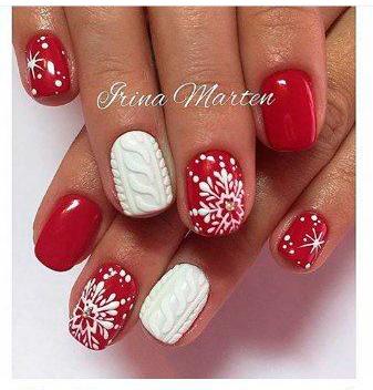 красивый красный маникюр со снежинками