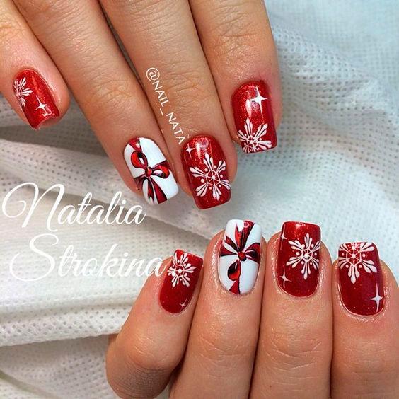 необычный дизайн ногтей на новый год