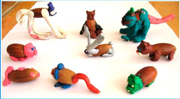 детская поделка из желудей и пластилина: животные