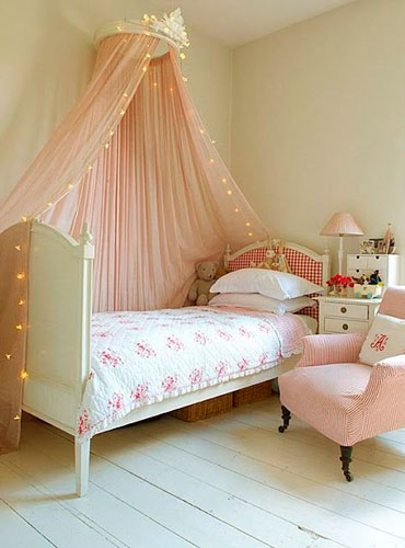 beige room for girls