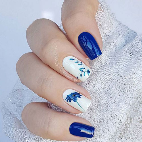 бело синий дизайн ногтей