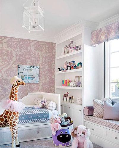 как интересно раставить мебель в детской комнате 9