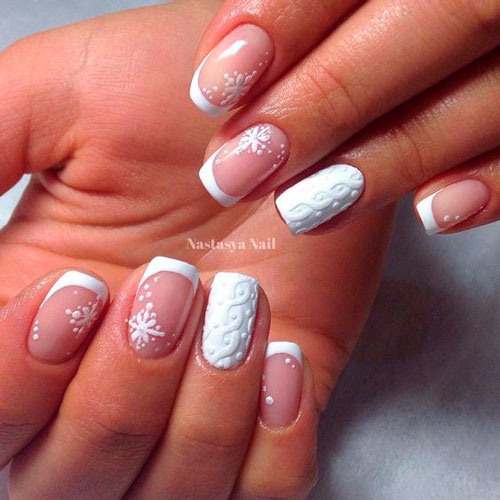 nail design in white tone to tone