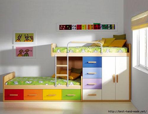 кровать в детской