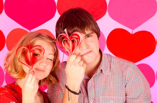 фото с молодым человеком на день святого Валентина