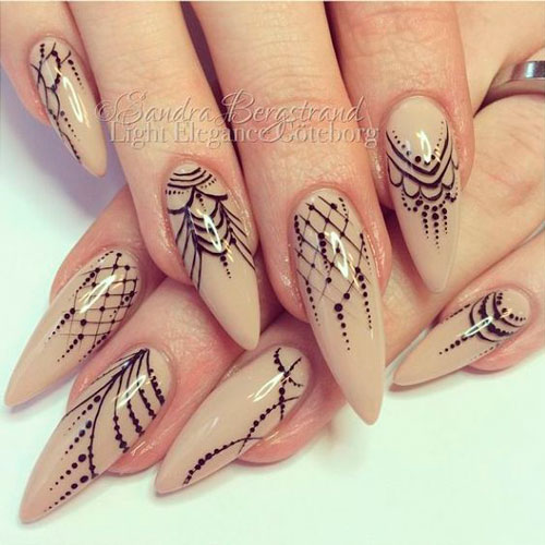 New nail design with lace