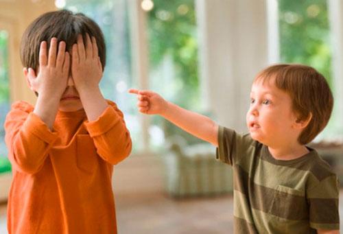жалобы детей на сверстников