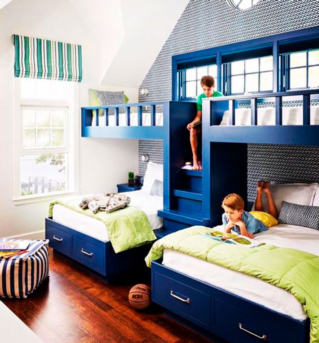 фото синяя детская комната для троих детей