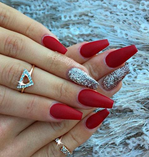 дизайн ногтей с красным гель лаком формы балерина