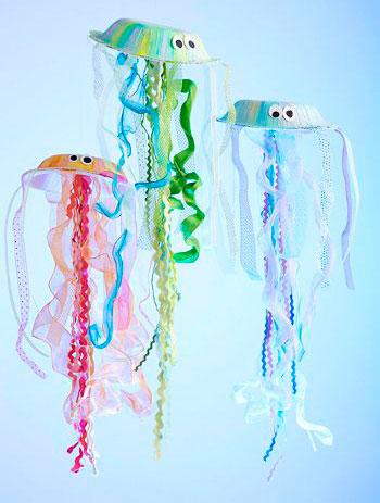 медузы из бумажных тарелок