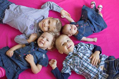 четверо детей в семье