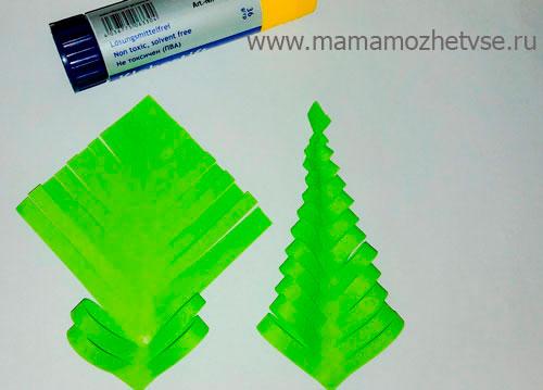 елка из цветной бумаги