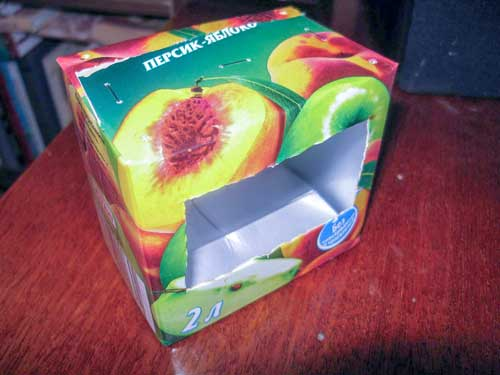 Кормушка из коробки 1