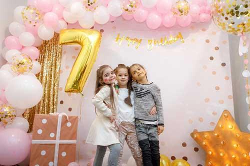 детский день рождения в домашних условиях: фотозона 5
