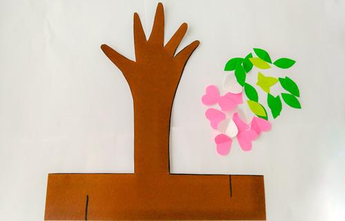 детская поделка дерево из бумаги 1