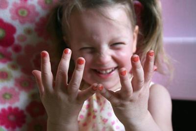 Как отучить ребенка грызть ногти на руках в 7 лет