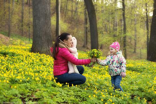 идеи для фотосессии всей семьей весной