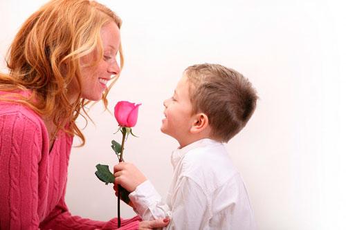 Лучшие короткие поздравления в стихах на день рождения мамы