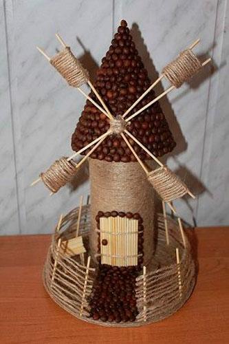 мельница из зерен кофе: фото