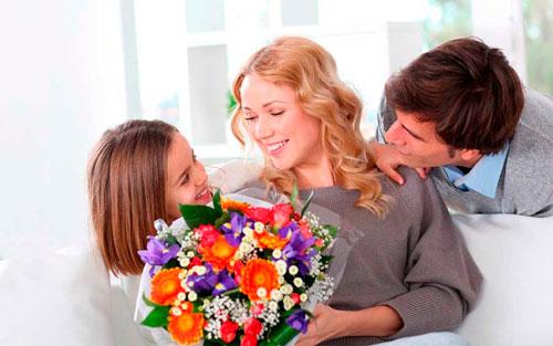 Самые лучшие короткие поздравления в стихах на день рождения мамы