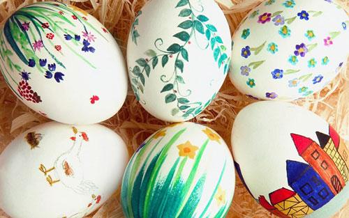 Красим яйца на Пасху: оригинальные идеи с помощью рисунков