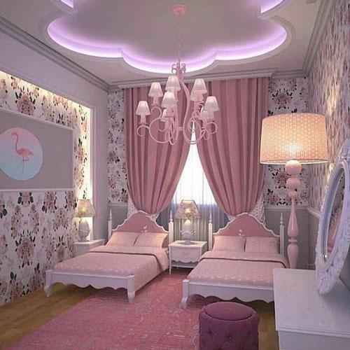 классическая детская комната для девочек в розовом цвете