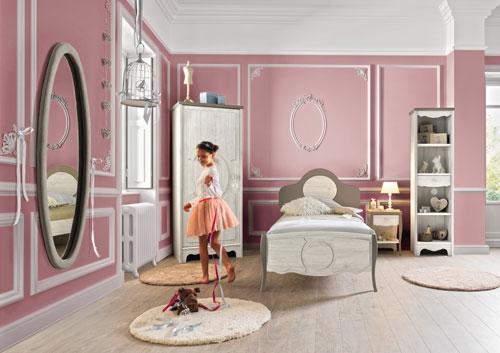 зеркала в классической детской комнате для девочки 2