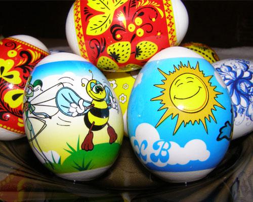 как красить яйца на Пасху: термонаклейки