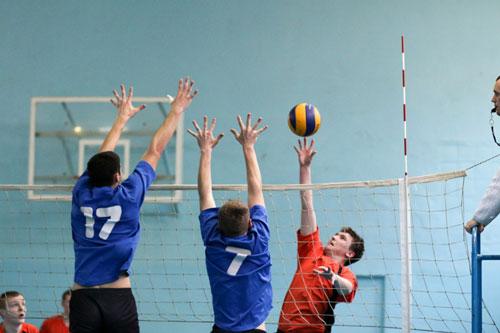Загадки про спорт для детей: волейбол