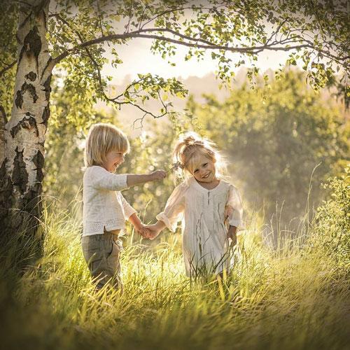семейная фотосессия на природе: идея в для детей