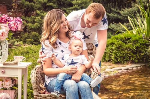 семейная фотоссесия с ребенком в едином стиле
